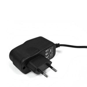 Сетевое зарядное устройство Extreme Style для iPhone 5, 5S 2.1A